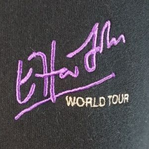 ELTON JOHN WORLD TOUR SWEAT SHIRT UNISEX BLACK